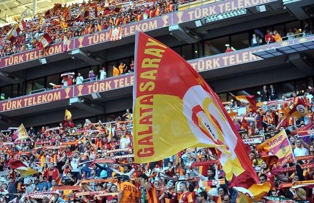 Galatasaray şampiyonluk kupasını aldı! galerisi resim 1