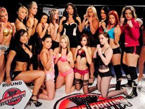 Kızların dövüş sanatı! Lingerie MMA
