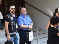 İzmir'de iş adamlarına yakalama kararı
