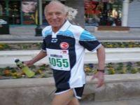 82 Yaşındaki Emin Dede 10 Bin Metre Koşacak!