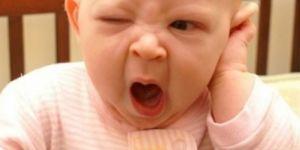 Bebekleri kucağa almak yanlış mı?